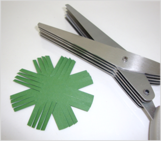 Fringe Scissor Wreath3